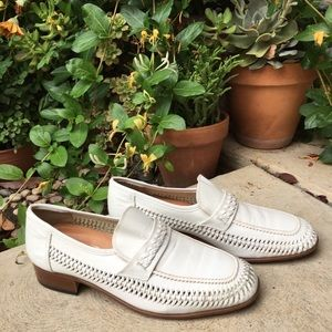 VNT Stuart McGuire White Loafers Leather Size 10